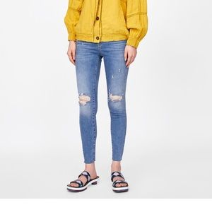 Zara Jeans with Multicolored trim
